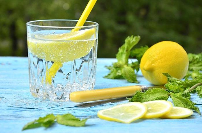 20 причин пити лимонну воду. Стань чарівником для свого тіла!