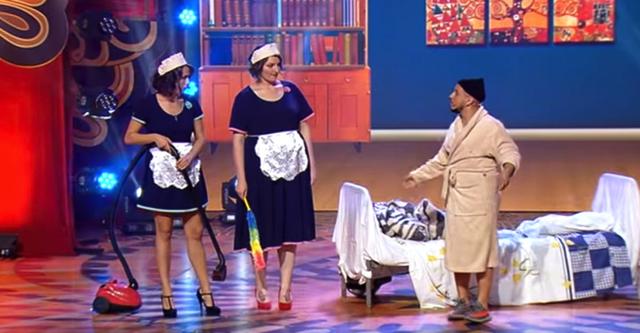 Ситуація в готелі: Монатік і покоївки. Валялася від сміху!