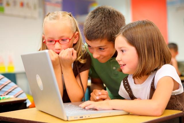 Дитина і соціальні мережі. 10 порад батькам