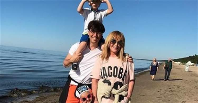 Сімейна ідилія: Максим Галкін показав рідкісне фото з Аллою Пугачовою та дітьми