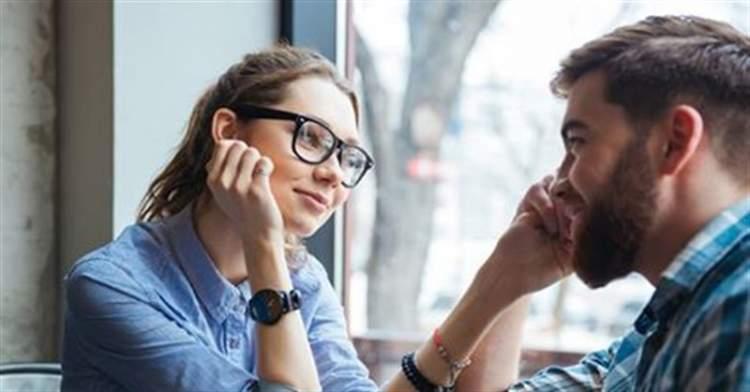 11 дрібниць, які чоловіки помічають в жінках (навіть якщо вам так не здається)