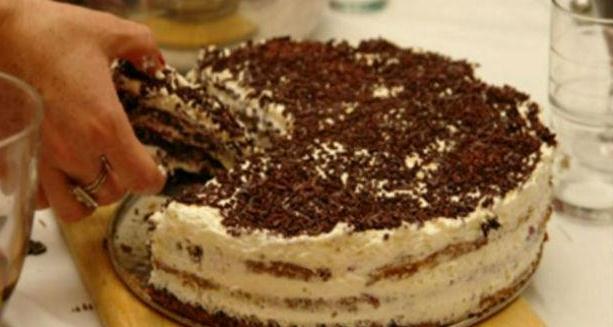 Швидкий тортик на кефірі