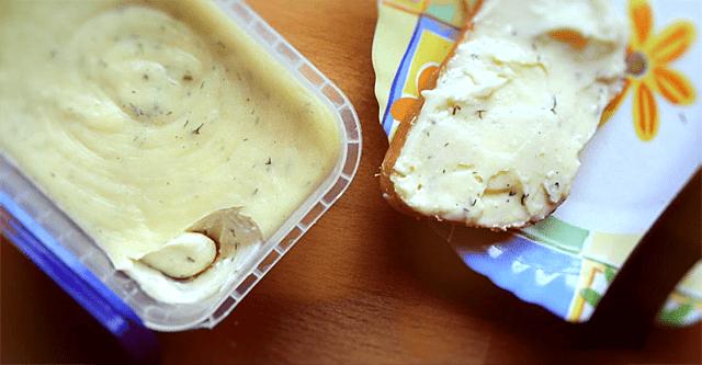 Смачна помазка на хліб, яка дасть фору будь-яким м'ясним делікатесам