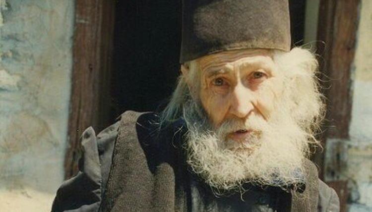 Симеон Афонський: «Найбідніша людина та, яка найбільше любить …»
