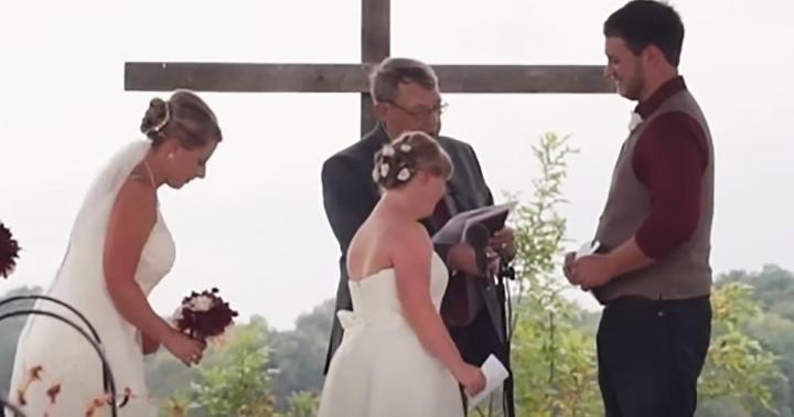 На весіллі наречений зробив пропозицію сестрі своєї нареченої, але дівчина не образилася