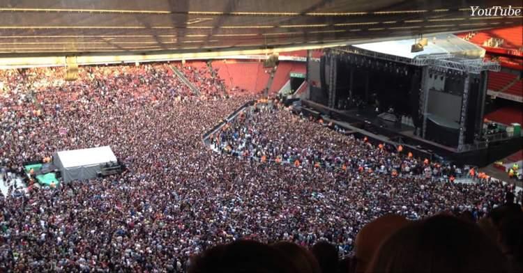 Момент, коли «Богемську рапсодію» співає 65 000 людей, причому в унісон